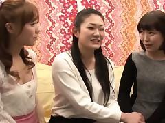 Japanese lesbians kickshaw