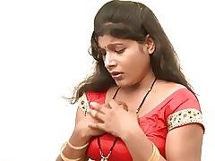 desi indian aunty seduced off..