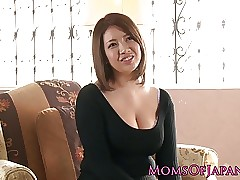 Honcho japanese milf enjoys..