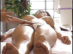 Shove around Asian Rub-down