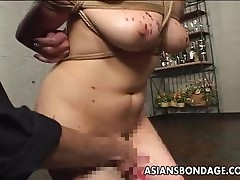 Asian floozy has a load of shit..